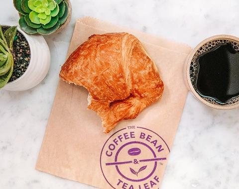 croissant and coffee pairing